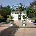 Kololi, Paradise Suites Hotel