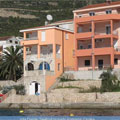 Komarna, Villa Dorida