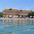 Christina Beach Hotel Messonghi