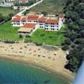 Troulos, Troulos Bay Hotel
