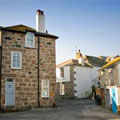 2 Island Square, St Ives. Cornish Riviera Holidays