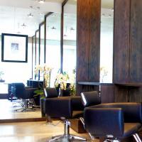 Renata Jon Hair and Beauty Lounge - www.renatajon.com