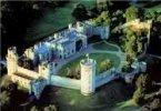 Warwick, Warwick Castle